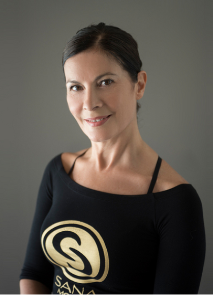 Patricia 老师.Yoga Fly 和Body Fly的创始人、一位拥有35年经验的专业舞者