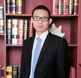 任军:  总经理助理,大学本科,中学数学教师,铜梁区先进班主任。