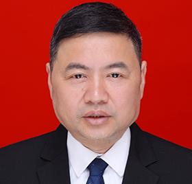 建华:本科生,中学物理教师,铜梁第十四届人大代表